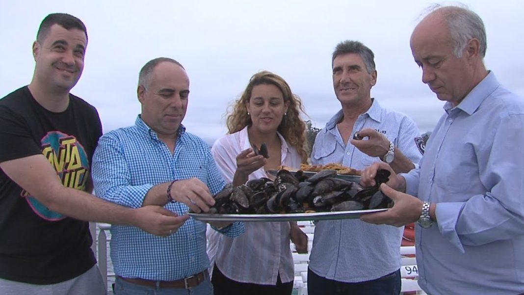 Máis de 15 mil quilos de moluscos para a XXV festa do Mexillón e o Berberecho de Vilanova