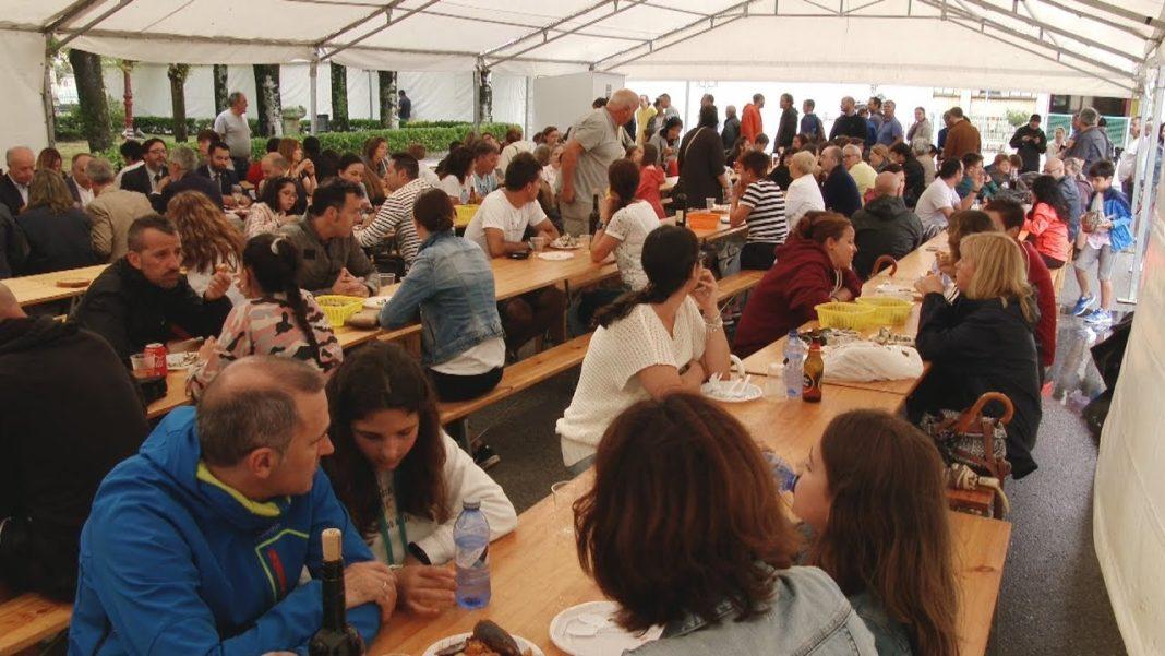 Cheo absluto na inauguración da Festa do Mexillón e o Berberecho de Vilanova