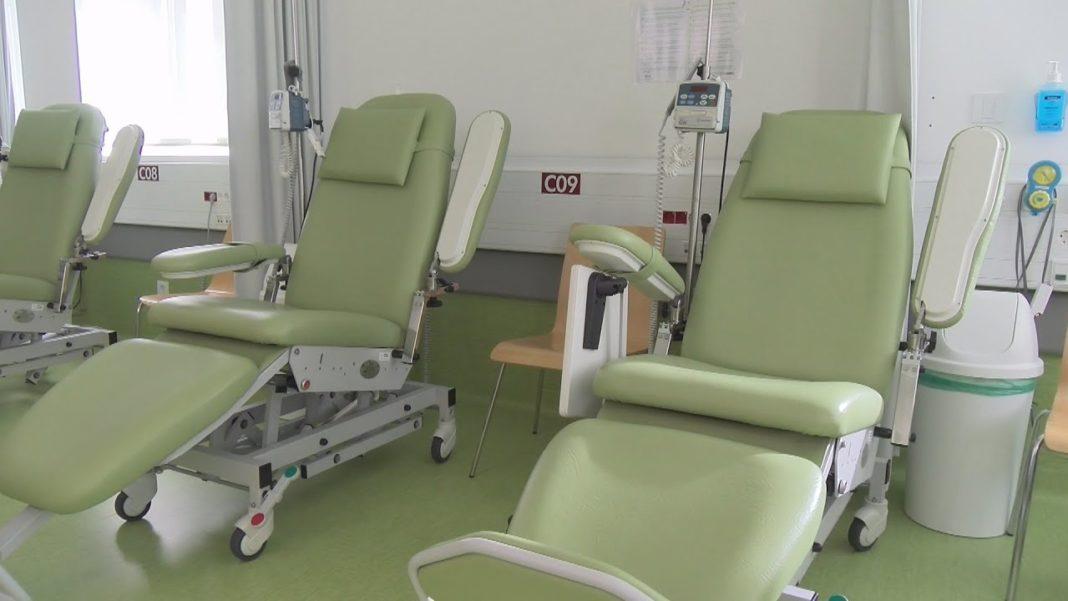 Os pacientes con cancro xa poden tratarse no hospital do Salnés
