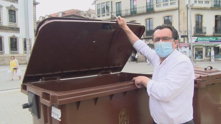 O Concello de Pontevedra reparte 65 composteiros para uso doméstico